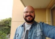 Busco quarto / Dividir apartamento em Pinheiros